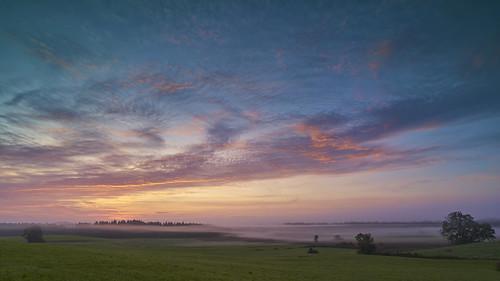 landscape dawn sunrise scenic fog esrly sky red clouds eschenau daybreak morning mist early