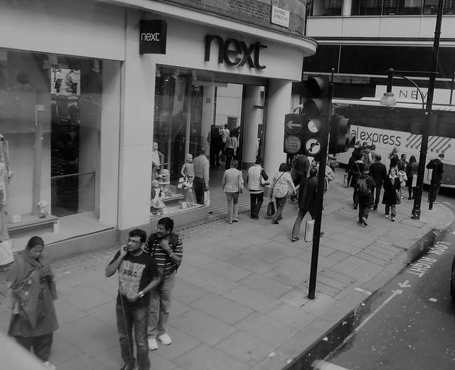 London 2014 b/w