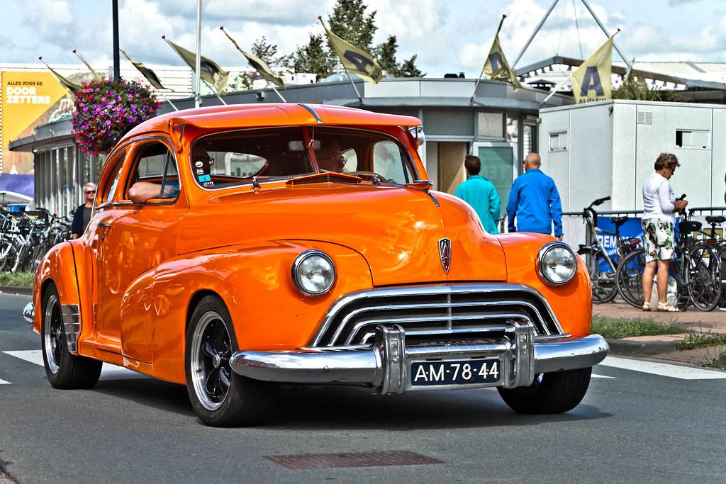 Oldsmobile Club Sedan Customized 1946 (0240)