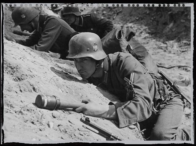 Obergefreiter (2nd. Kompanie, Panzer-Lehr-Pionier-Bataillon 130)