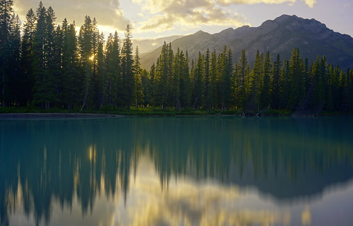 canada kanada holidays river alberta sony 35mm zeiss bow vacation trees water landscape a7ll green sunshine sun setting ilce7m2