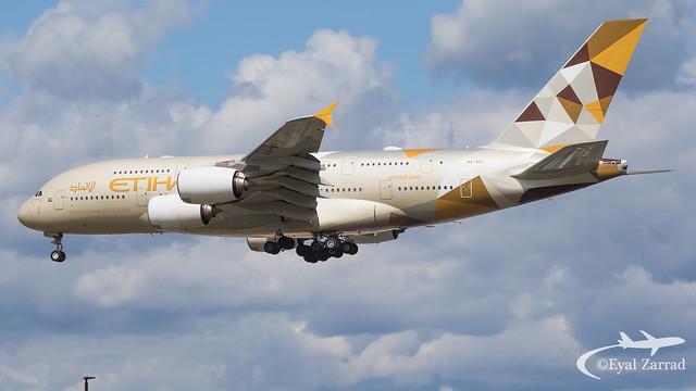 LHR - Etihad Airbus A380-800 A6-APJ