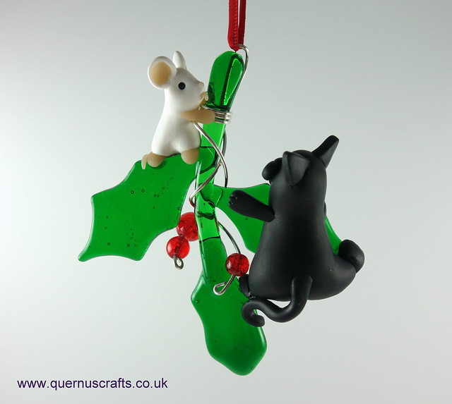 Little Cat and Mouse on Glass Holly