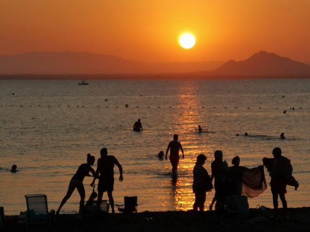 Ocaso en el Mar Menor. La vida a contraluz / Sunset