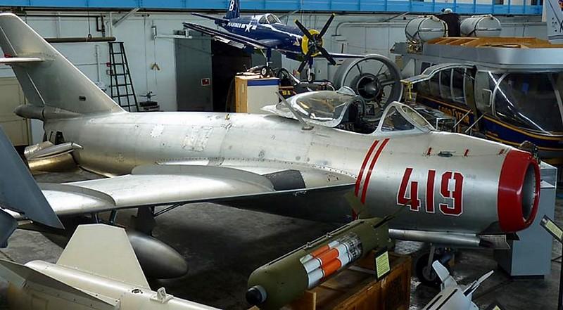 МиГ-17, Стенопис 1
