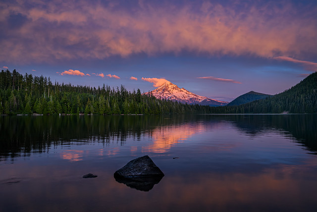 Pink Sunset over Mt. Hood at Lost Lake, Mt. Hood National Forest, Cascade Mountains, Oregon