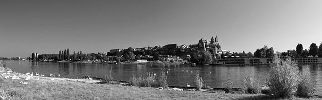 Le Rhin et Vieux-Brisach  -  The Rhine and Old-Brisach