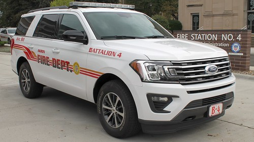 Akron Fire Department Battalion 4 Ford Expedition | by Seluryar
