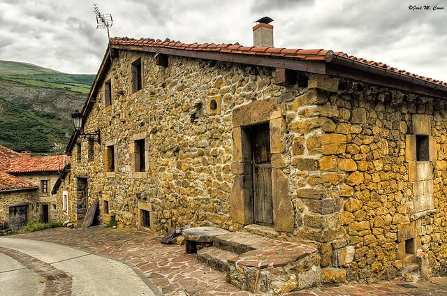 Vieja casa en Tudanca (Cantabria)