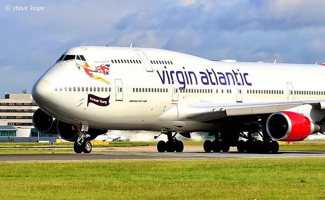 Virgin Atlantic 747- 443 G-VROS