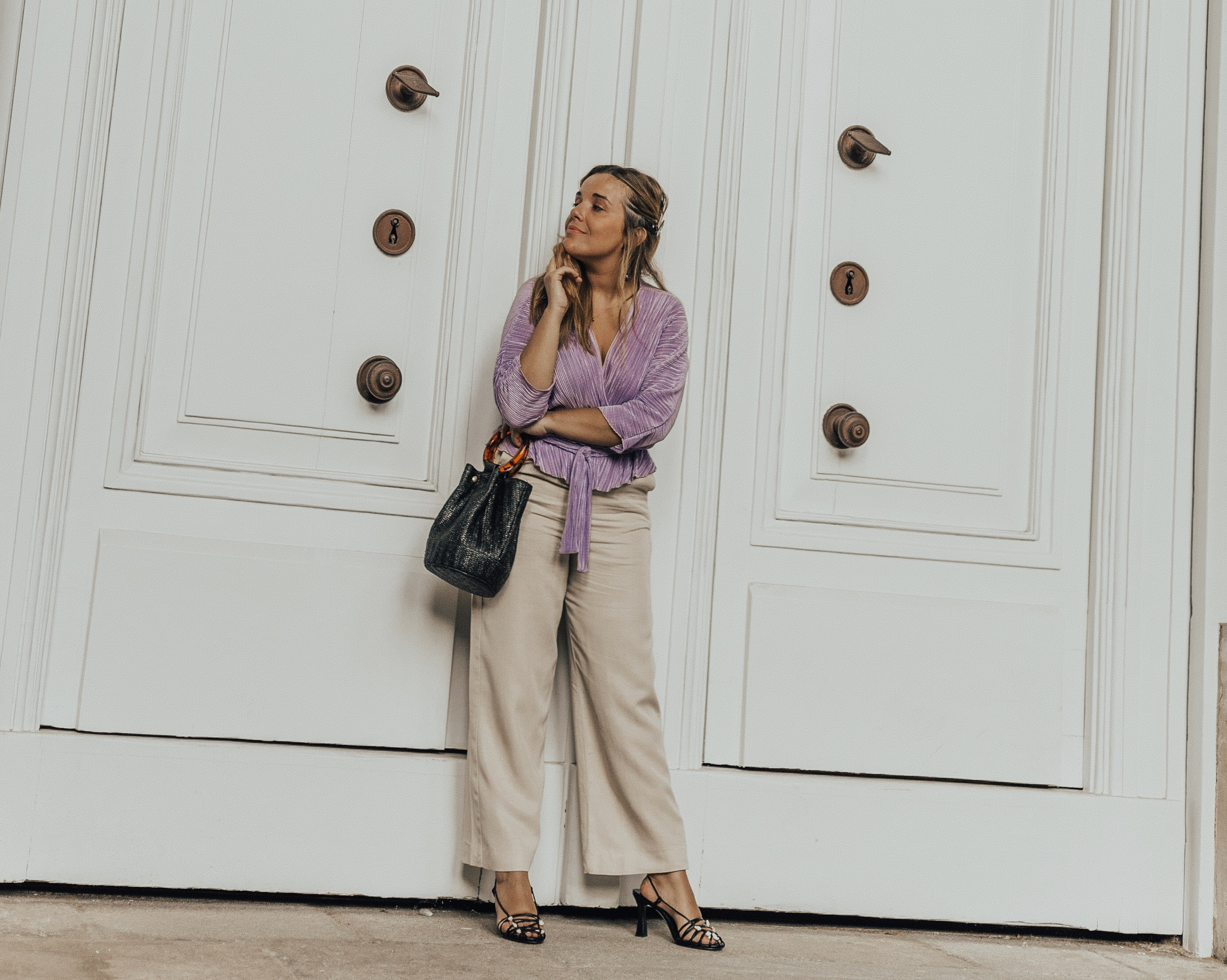 lilac and beige outfit