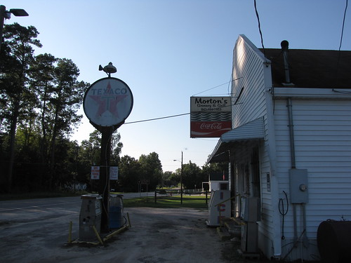 fork dilloncounty southcarolina smalltownsouthcarolina smalltown crossroads ruralsouthcarolina ruralsouth texaco gasstation gaspumps mortonsgroceryandgrill cocacola cocacolasign cokesign ice generalstore countrystore southcarolinahighway57