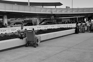 P1380075 Los Angeles Int'l Airport | by 中途下車