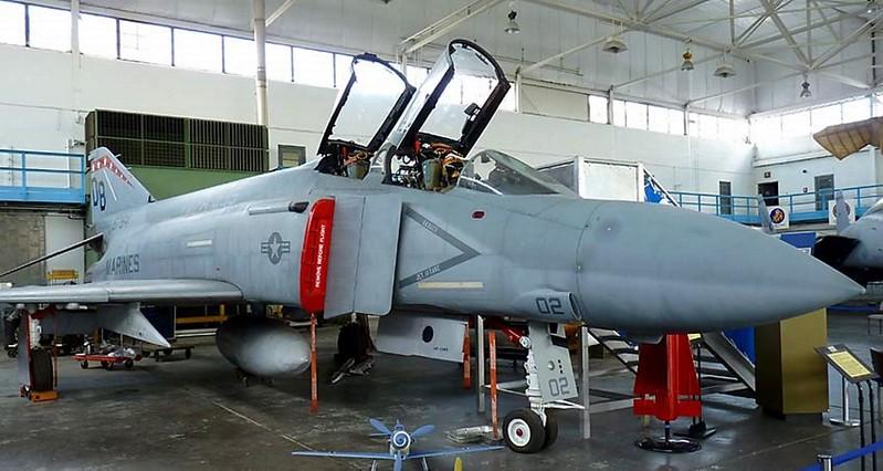 ΜακΝτόνελ F-4S Φάντασμα 1