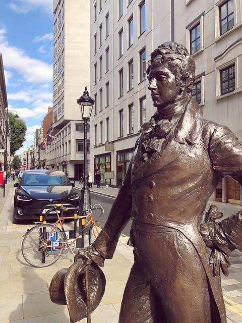 Beau Brummell | London Sculpture