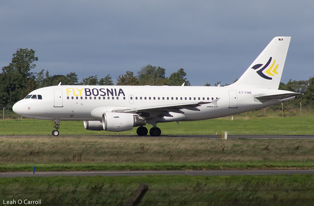 FlyBosnia A319 E7-FBB