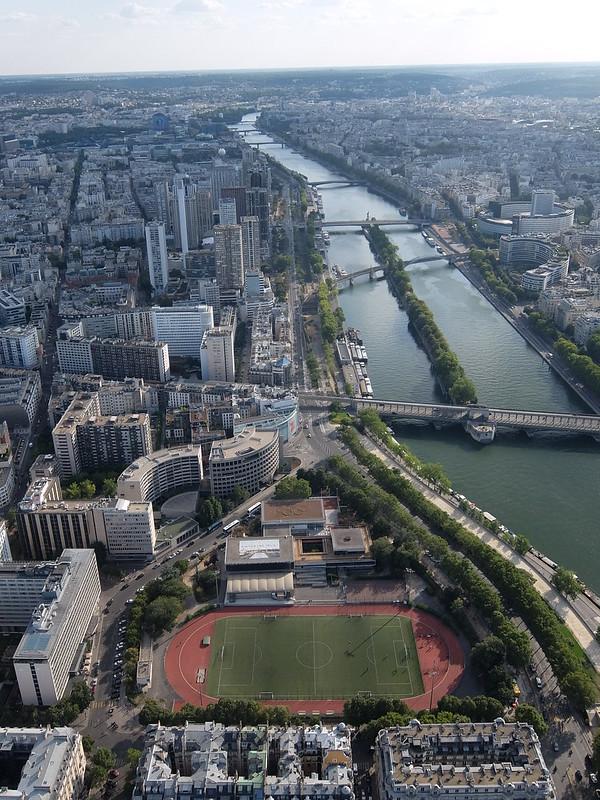 Париж - Эйфелева башня - Вид на стадион и Сену