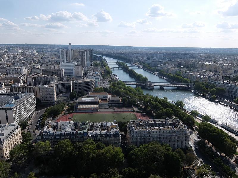 Париж - Эйфелева башня - Вид с первого этажа