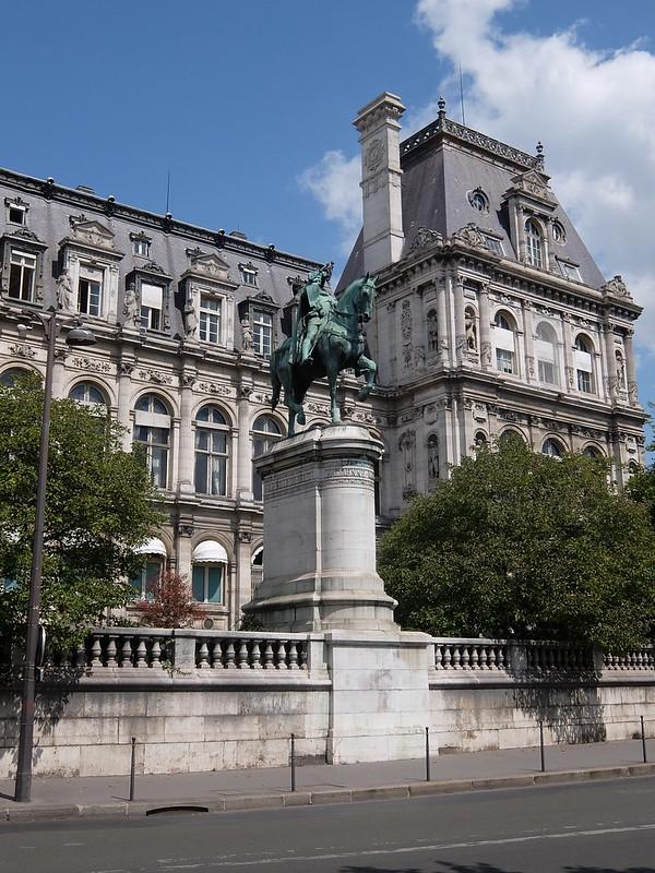 Париж - Памятник Этьену Марселю
