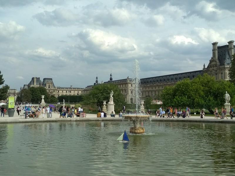 Париж - Сад Тюильри - Большой круглый бассейн