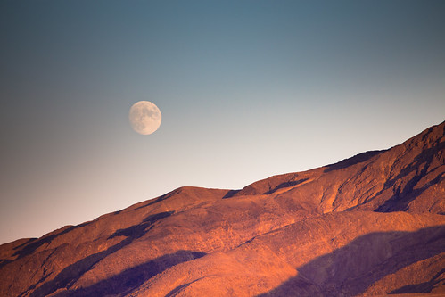 Moon rising, Death Valley - from Stovepipe Wells