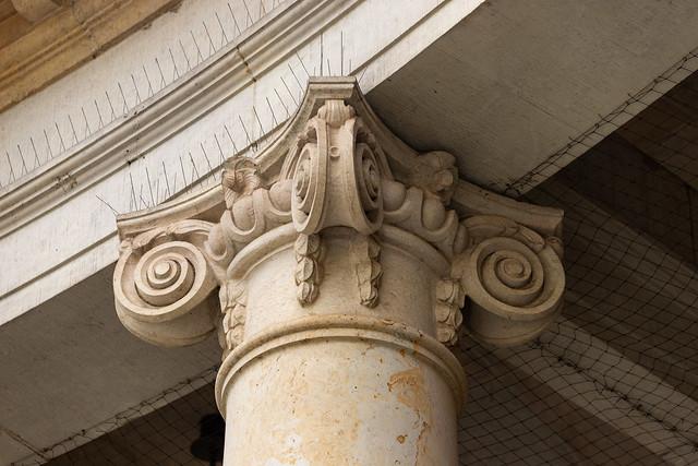 Säulenkapitell an der Spittelkolonnade