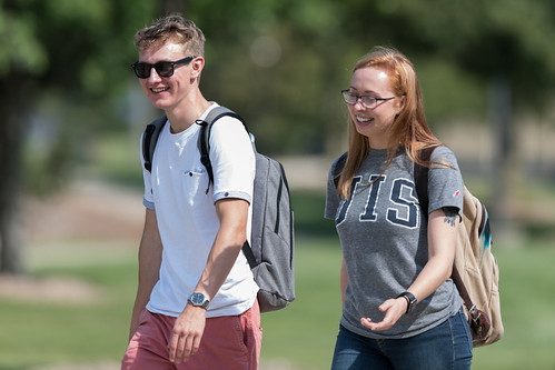 UIS Students on Campus