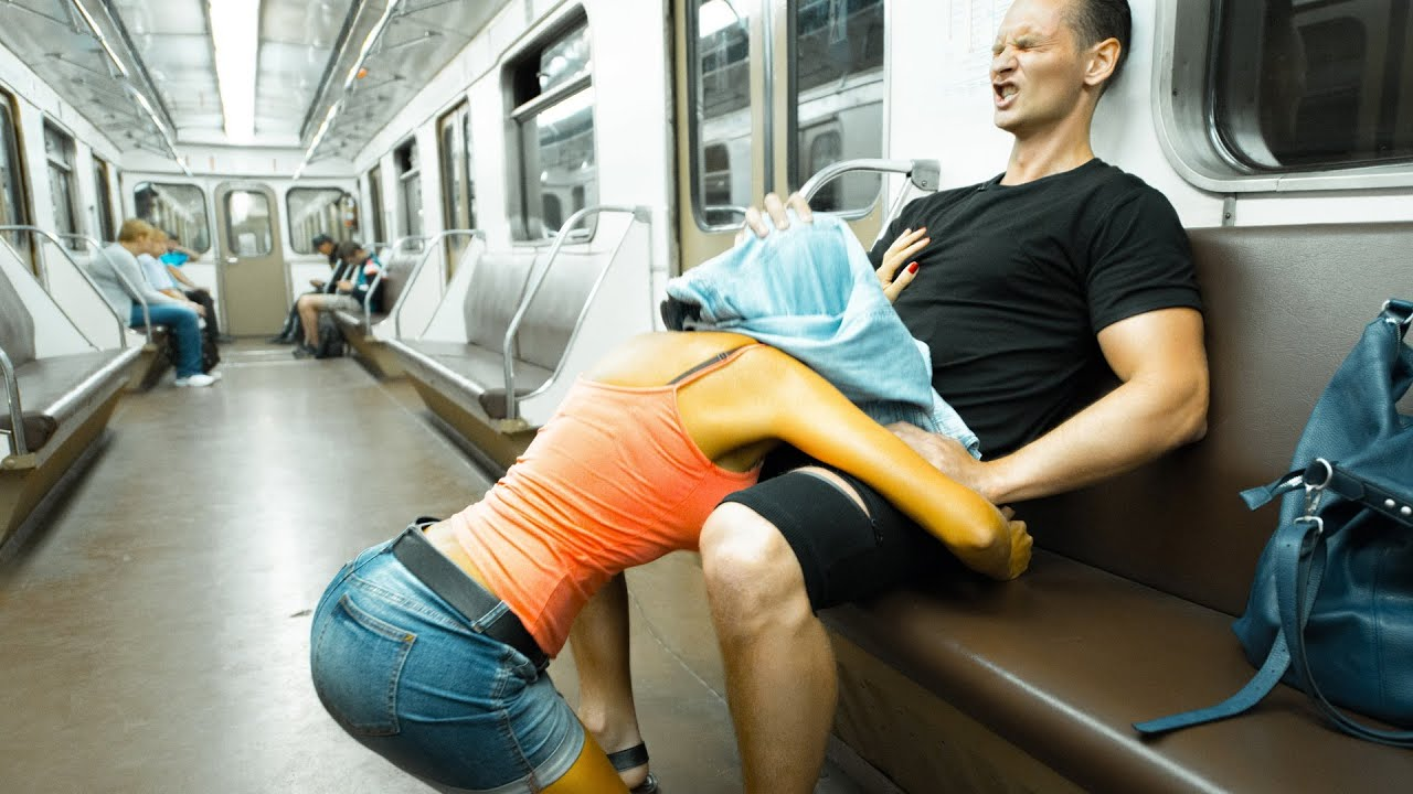sex-in-subway-prank