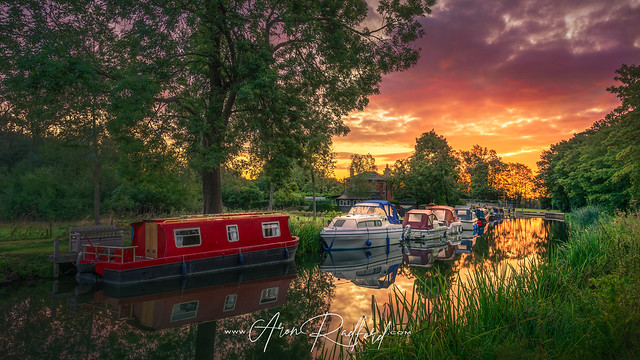 Hoe Mill Lock Sunrise