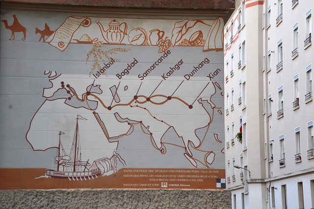Silk road : A mural made in the 1960s