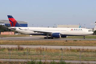 F-WWYY A330-941 130919 TLS (N404DX)