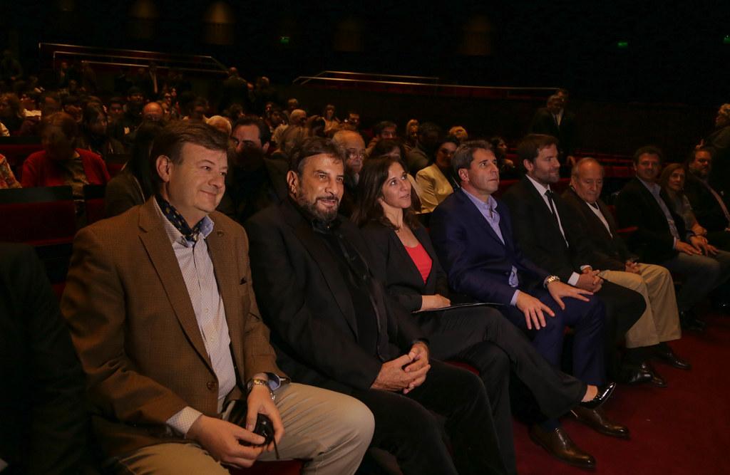2019-09-13 PRENSA: El Gobernador presenció el lanzamiento de la Obra La Flauta Mágica