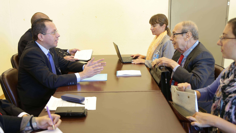 Canciller Arreaza sostiene encuentro con relator especial sobre el Derecho al Desarrollo de la ONU
