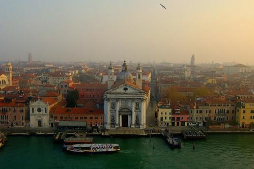 Firstlight in Venice under the bird's wings