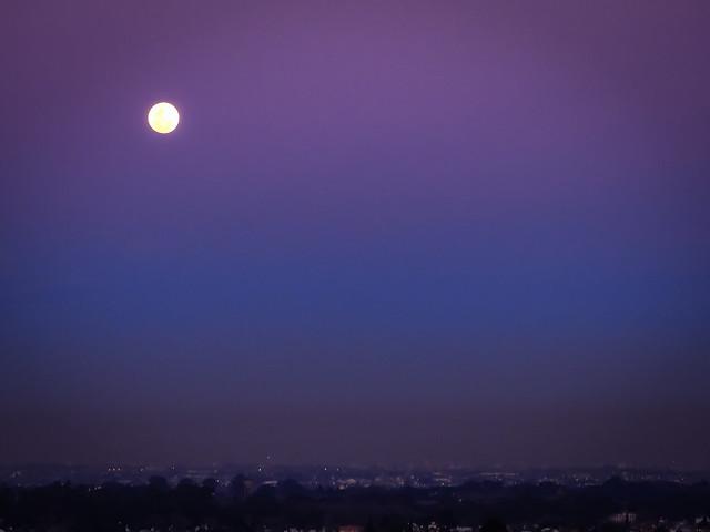 Luna llens