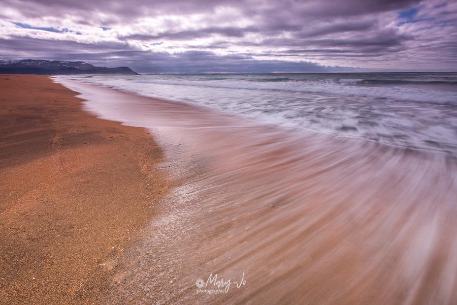 Plage de sable noir d'Islande 2 ...  Black sand beach of Iceland 2 ...