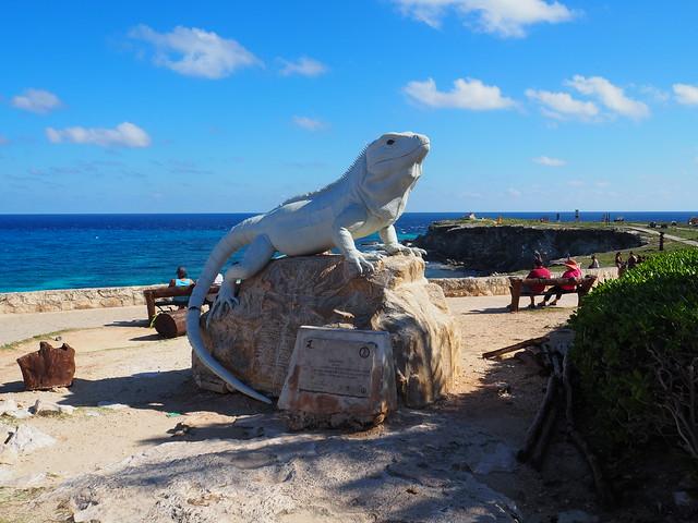 P1201776 イスラ・ムへーレス Ruins of Ixchel Temple Isla Mujeres ひめごと