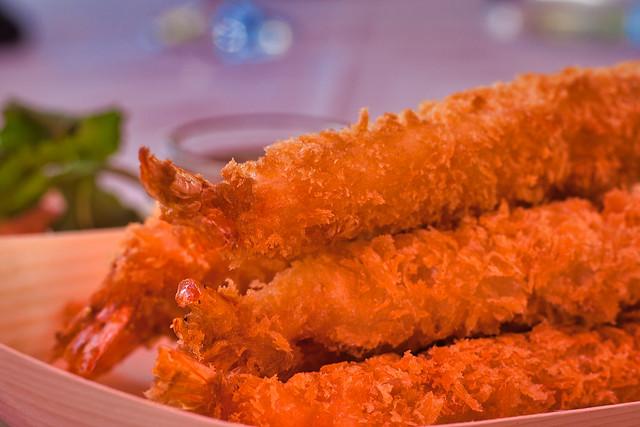 Beignets de crevettes et son gingembre