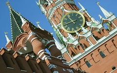Russia, Moscow kremlin, left: Tsarskaya Tower (Tsar tower, 1680), right: Spasskaya Tower (1491), Red Square, Tverskoy district.
