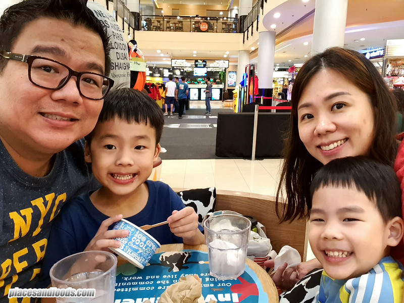 ben and jerry sunway pyramid