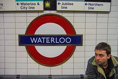 Hace unos días en Londres... hace casi 5.000 días :joy::joy::joy: Tomada en marzo 2006 por @flavu en nuestra luna de miel #london #waterloo #canona95