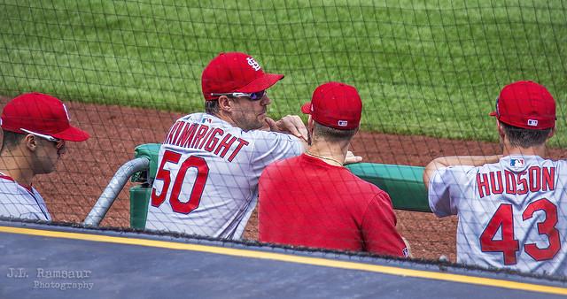 #50 Adam Wainwright Sharing Knowledge - Cardinals at Pirates