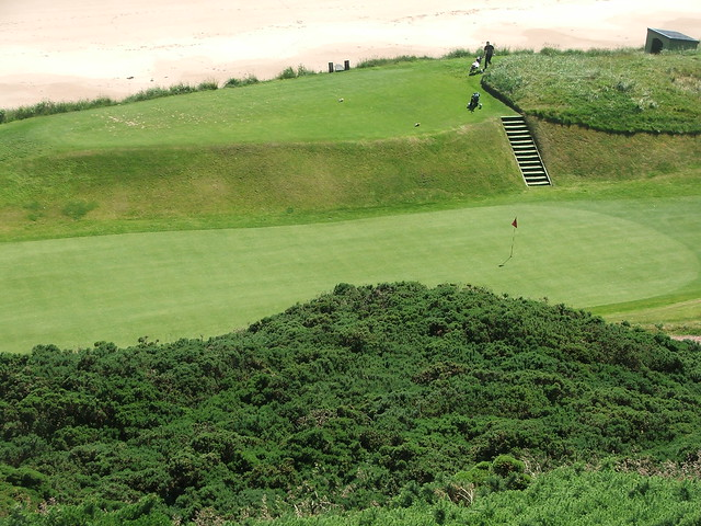 Cruden Bay - 14th green from 9th tee