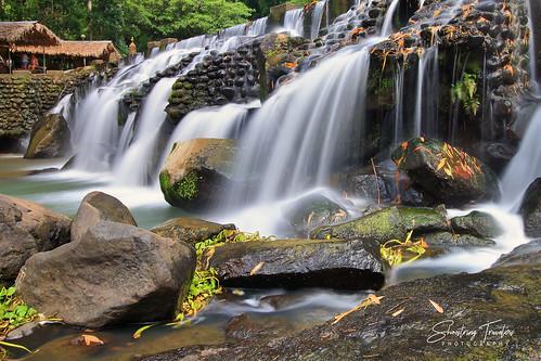 bumbunganecopark cavinti laguna southernluzon philippines calabarzon waterfall falls water waterscape landscape outdoor rock