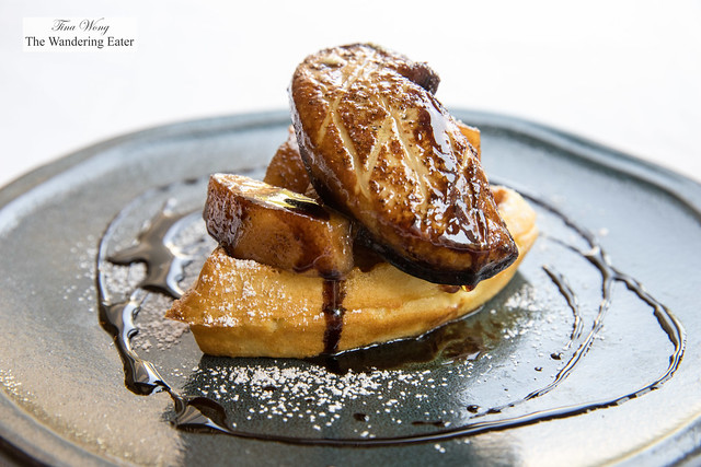 Foie gras, cinnamon apples, waffle