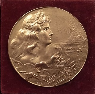1909 Spanish Commemorative Medal obverse
