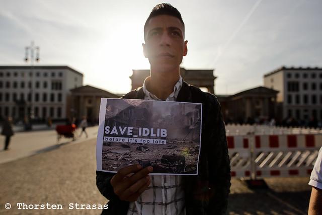 Kundgebung in Berlin fordert Solidarität mit den Menschen in Idlib, Syrien
