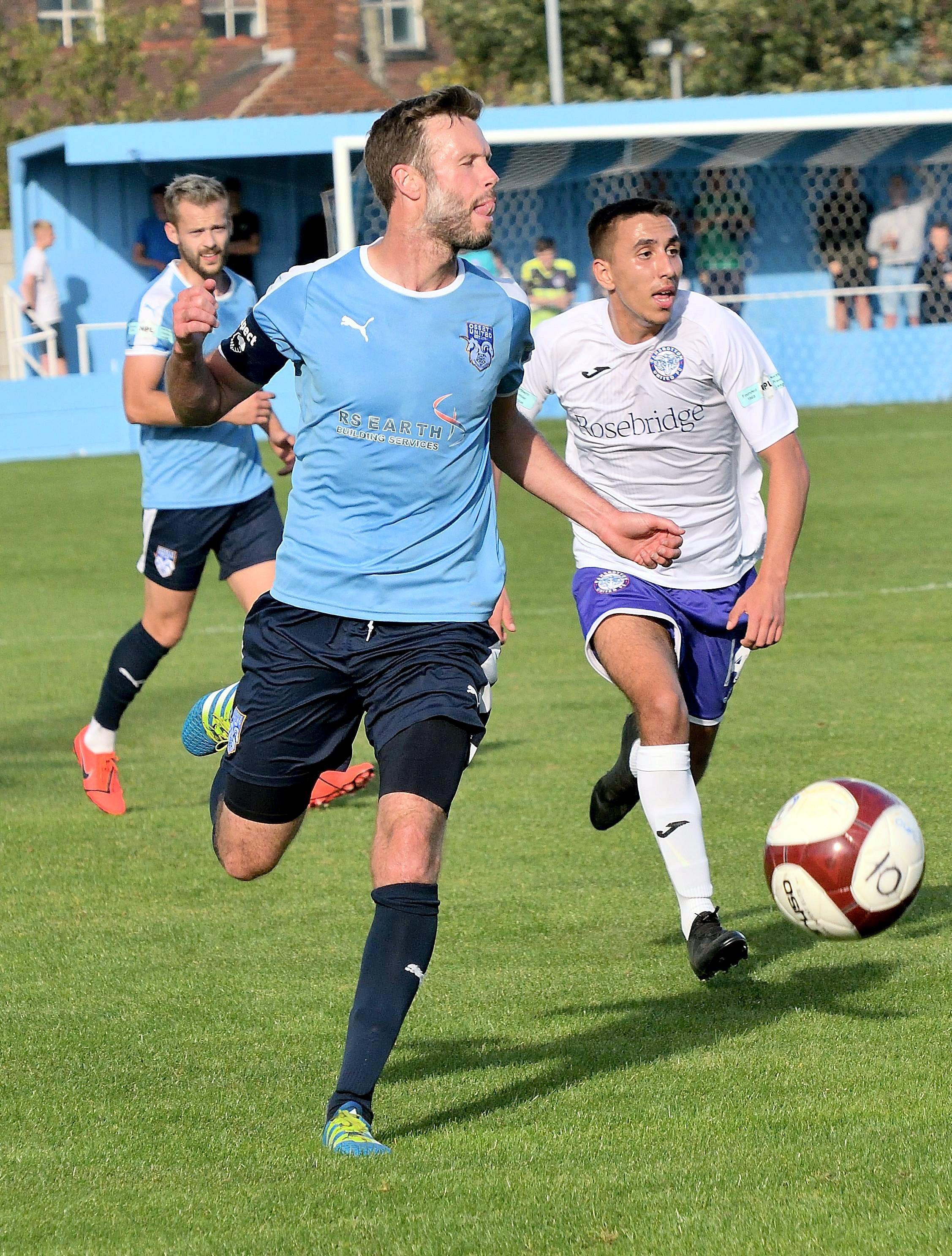 Ossett United 1 Rams 1 - Match Action