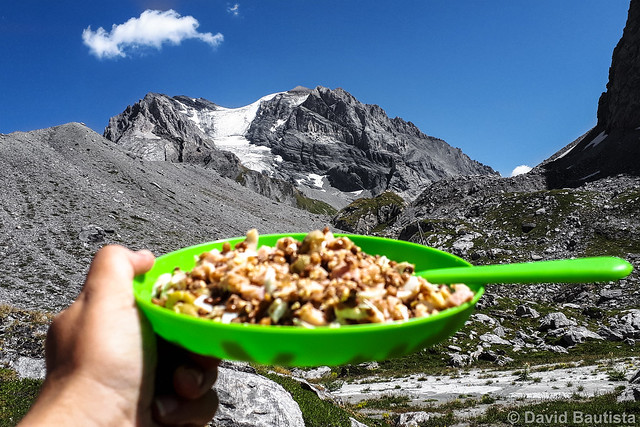Lunch with views to Grande Casse