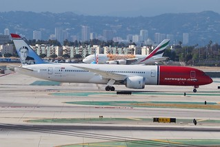 787-9 C-CKWD